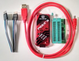 Microchip PICKit3 Microchip Technology In-Circuit Debuggers PICKit3 programmer with USB Interfece